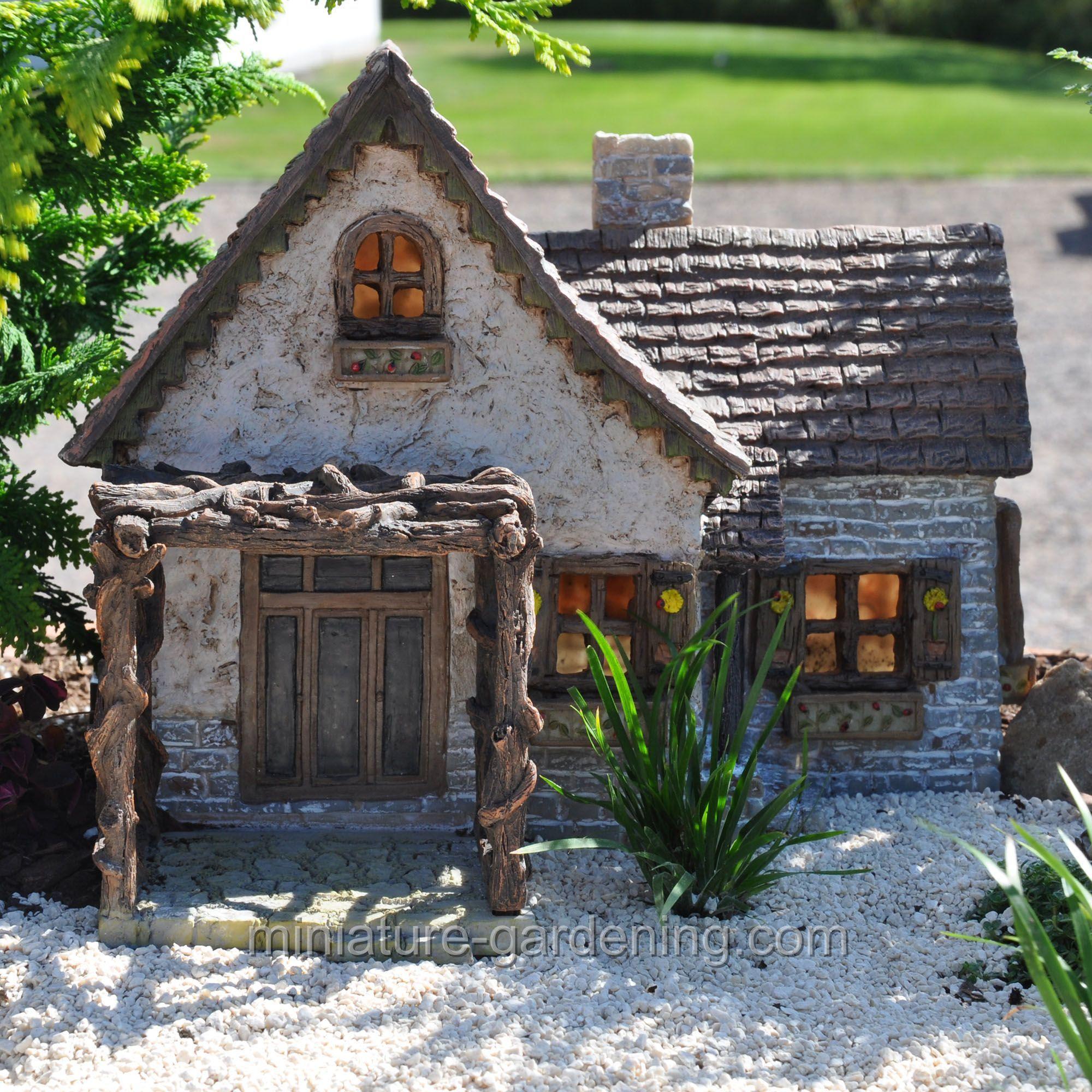 Vilito Castle House Cottage Miniature Fairy Garden Home Houses Decoration Mini Craft Micro Landscaping Accessories Decorative Figurines Miniatures Mini Cottage Castle